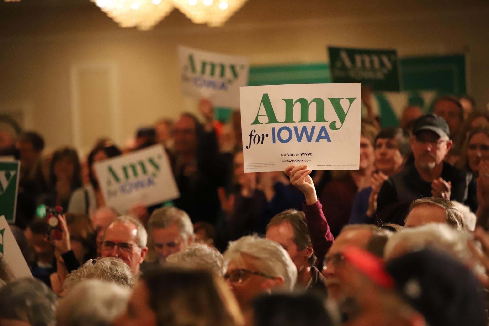 Voters at Klobuchar's rally. (Patsy Newitt, 14 East)