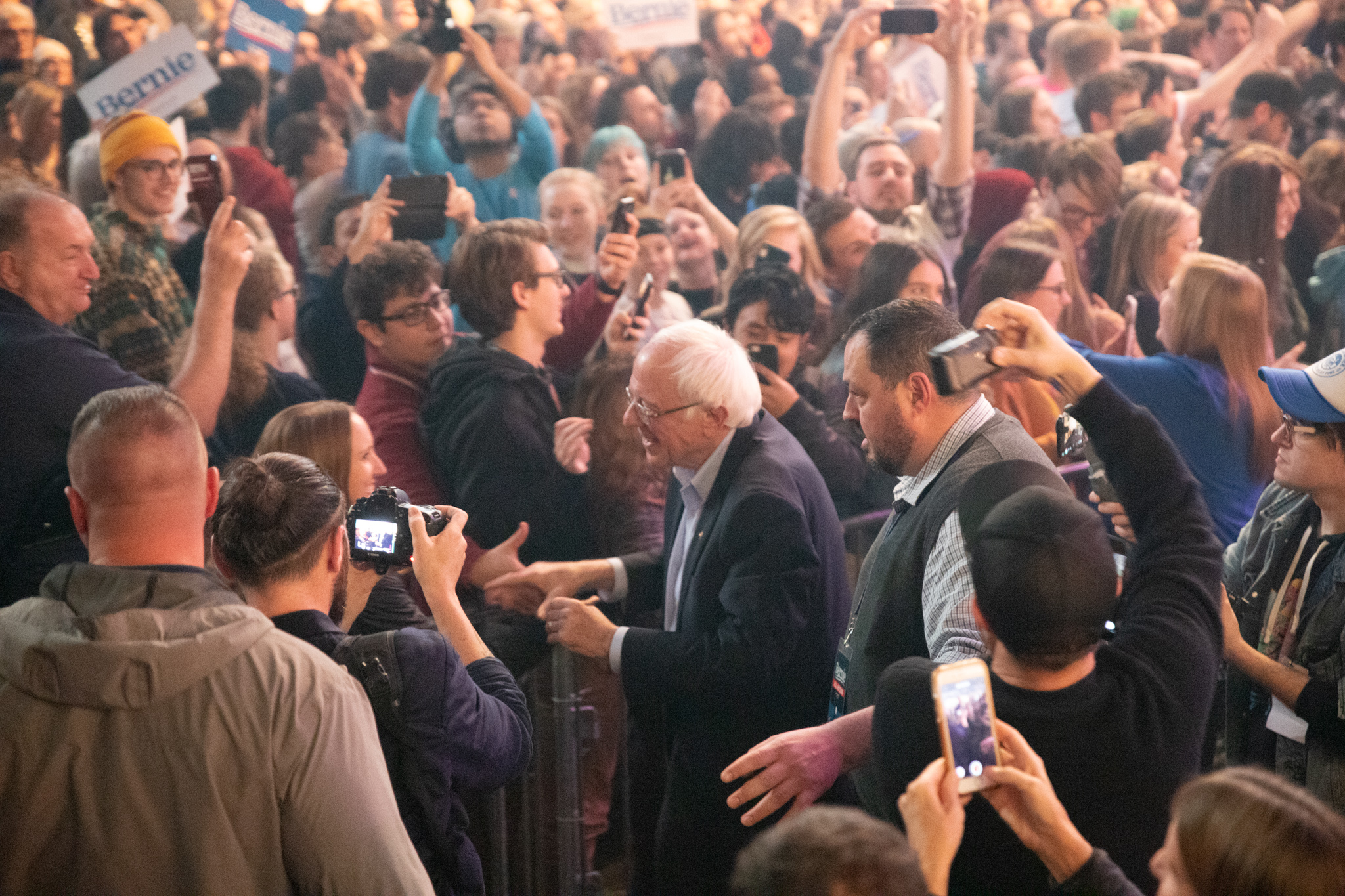 Sanders shaking hands with campaign crowd. (Francesca Mathewes, 14 East)